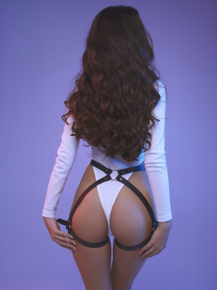 Straps on the buttocks. фото 4