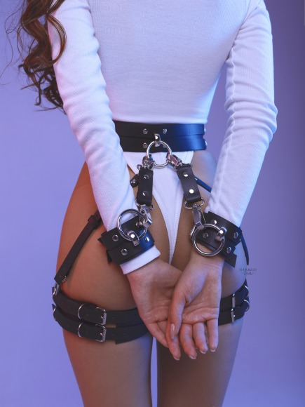 Set with garters of wide belts. фото 4