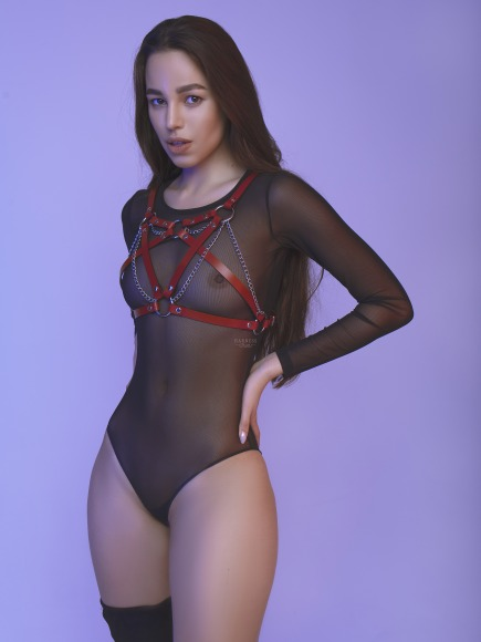 Women harness with interlaced straps and chains on the bust.  фото 5