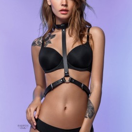 C-700 Woman harness with a choker.