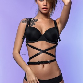 Li-500  Harness with a strap curving round the waist.