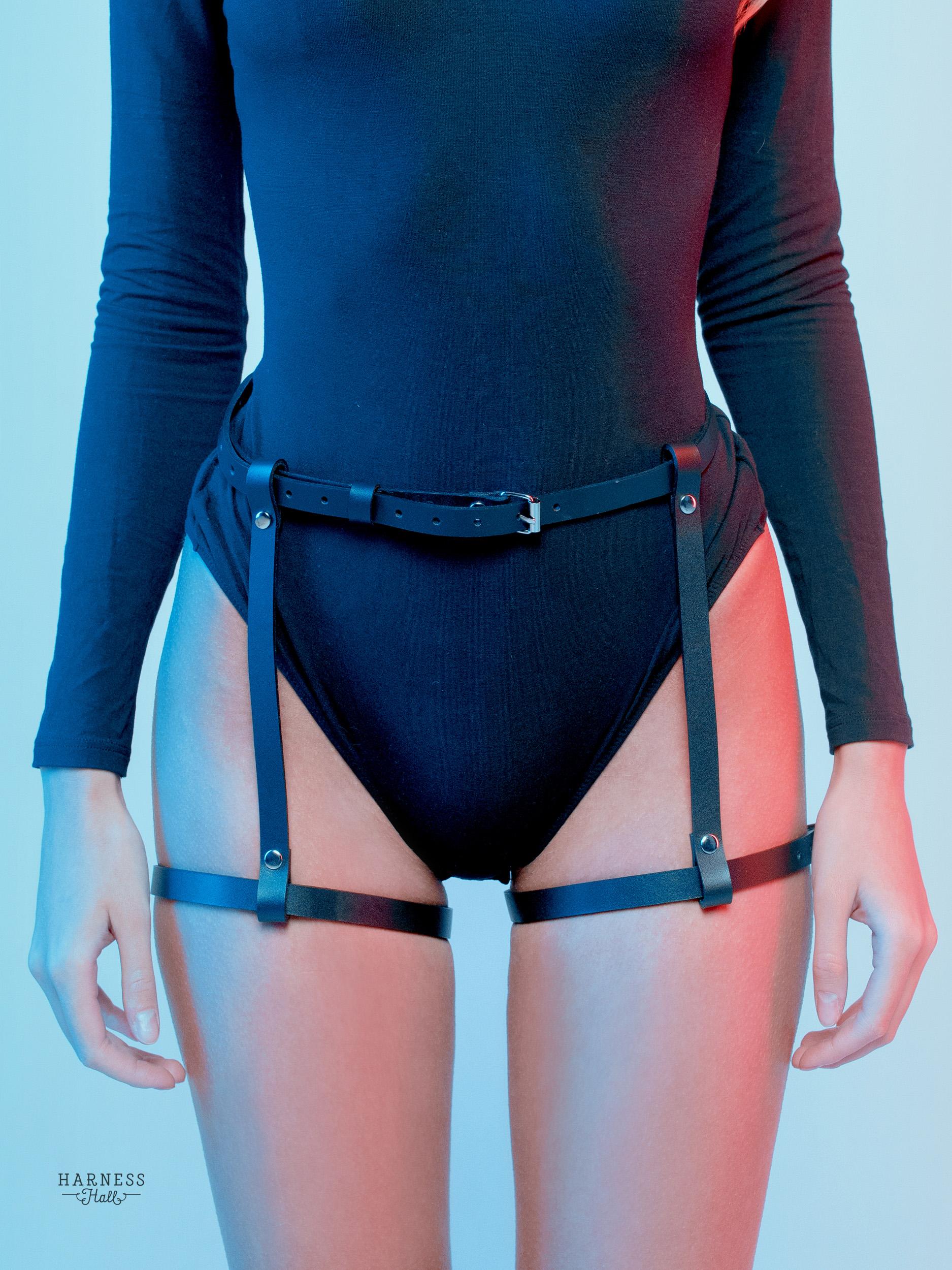 Women Leather Harness Garter Belt Body Sexy Leg Straps Cage Goth BDSM Suspenders